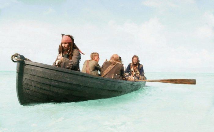 pirati-v-lodke-cartagena-nastolnaia-igra